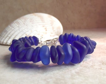 Cobalt Blue Seaglass Bracelet, Royal Blue Beach Pebble Chunky Bracelet, Nautical Jewelry, Ocean Themed Accessory