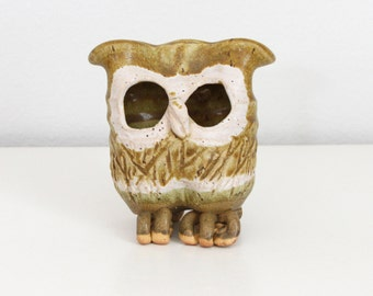 Abstract Pottery Owl Signed - Mid Century Studio Pottery Owl - Vintage Handmade Ceramic Owl - Owl Incense Burner - Rustic Owl Sculpture