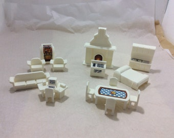 10 piece toy white plastic miniature doll house furniture, vintage YEL 2