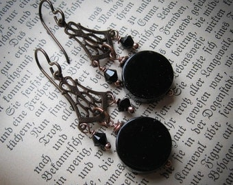 Scrying Mirror Gothic Victorian Witch Earrings. Doctor Dee's Mirror