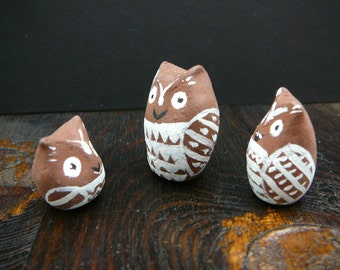 3 wise owls Hand made hand painted totems ceramic ornaments