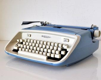 Royal Safari Cursive Manual Typewriter