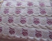 Vintage white ribbon trim with lilac purple flower pattern, woven ribbons, unused and on its orginal paper bolt, 1940s ribbons and trims