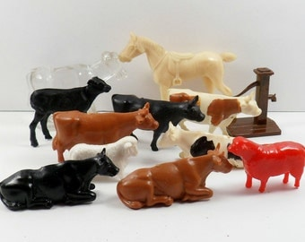 Vintage Miniature Hard Plastic Farm Animals Glass Cow BB Plasticville Putz