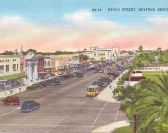 Daytona Beach, Florida - Linen Postcard - Unused (UU)