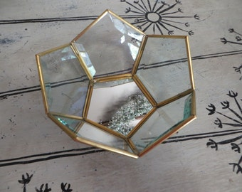 Geometric Glass And Brass Dish Storage Air Plants Terrarium Plant Globe Air Plant Planter Glass Box Display Box Vintage Terrarium