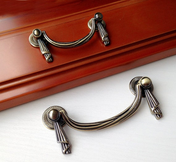 3.75 2.5 French Style Shabby Dresser Drawer Pulls
