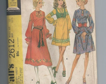 Vintage 1970s Dress Sewing Pattern Bust 32.5 McCall's 2612 Uncut Boho Peasant