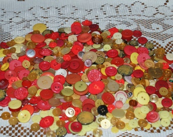 "Bulk Lot  500 Buttons Shades of Orange and Yellows, 3/8  to 1 ""Lot 1654"