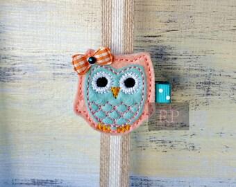 Felt Mint and Peach Owl on Alligator Clip - Bird Clip - Animal Embroidered Felt - Hair Clip