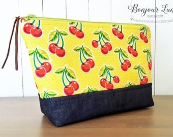 Retro Cherries Zipper Pouch - Medium Size - Fabric Clutch - Travel Bag - Cosmetic Pouch - Vintage Inspired - Make Up Case - Red Cherry