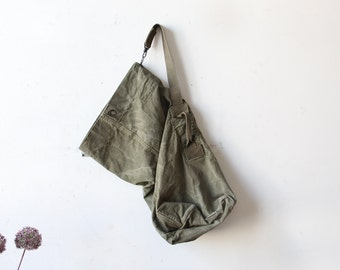 Army Green Military Canvas Duffel Bag / Laundry Bag