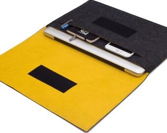 "15"" inch Apple Macbook Pro laptop Organizer Case Cover - Dark Gray & Yellow - Weird.Old.Snail"