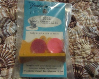 Vintage DOLLHOUSE MINIATURE Grandmother Stovers Kitchen Metal Wall Shelf Mint in Package