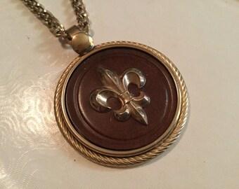 Vintage Fleur de Lis Pendant with Chain Necklace