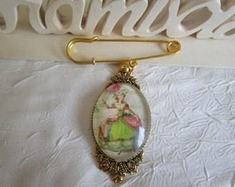 """Broche en métal doré """"Marie Antoinette"""""""