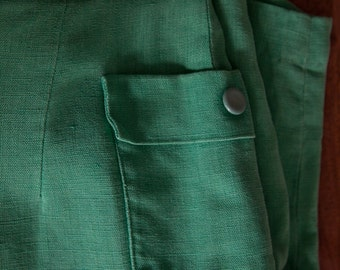 SALE -- High-waisted Laeta Ramage Shorts in Irish Linen Sz. UK 14 / US 4-6  1940s, 50s, early 60s Vintage Emerald Green