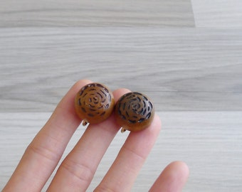 15% SALE (Code In Shop) - Vintage 70's Hippie Wooden Carved Camellia Floral Earrings