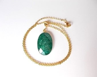 Emerald Quartz Necklace, Raw Stone Jewelry, Gift for Her, Mineral Necklace, Unique Natural Pendant, Crackle Quartz