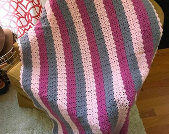 Pink, Gray, and Mauve Vintage Handmade Knitted Throw/Blanket