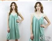 Vintage Slip Lace Slip Dress Vintage Nightie Vintage Nightgown Seafoam Slip 70s Slip Vintage 70s Seafoam Slip Dress 1X 2X Plus Size Lingerie