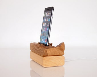 iPhone Dock - iPod Touch Dock - modern sculpture - unique minimalistic design