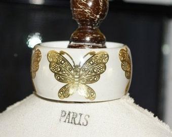 BIG SUMMER SALE Butterfly Bracelet,   vintage lucite bangle - vintage butterfly bangle - white butterfly bangle - white lucite bangle with g
