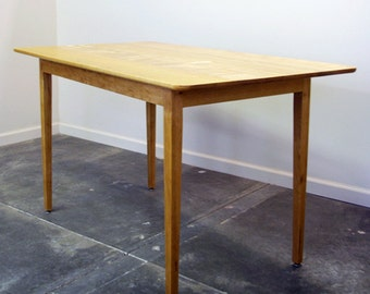 Cherry Shaker Dining Table - SALE