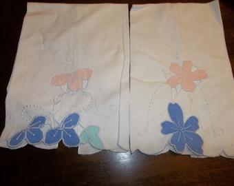 2 Vintage Linen Fingertip Towels  MADEIRALINEN...Free Shipping
