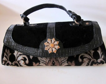 Vintage Purse handbag black tapestry large rhinestone clasp evening bag