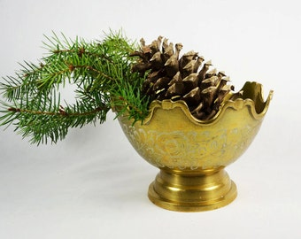 Brass Compote / Pedestal Brass Bowl  / Etched Brass / Catch all Bowl / Marked India
