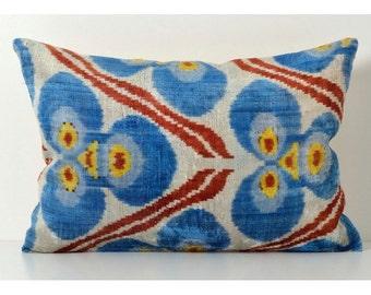 Set of 2 Silk Velvet Ikat Pillow Covers Lp302, Bohemian pillow, Velvet Ikat Pillow, Velvet Pillow