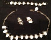 Mad Men 60's mod 3 piece jewelry set white and gild tone vintage