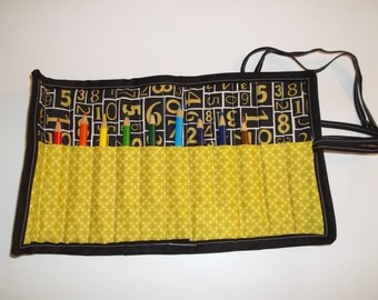 Crayon/Pencil Roll - Gold/Black with Gold Numbers