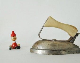 vintage - electric iron toy