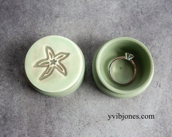 Starfish Ring Box Unique Pill Box Mermaid Jewelry Keepsake Ceramic Box for Proposal Beach Wedding Gift, Hand Made Pottery