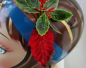 Small Christmas fascinator headband for Christmas in red and green millinery supplies vintage wire wrapped headband