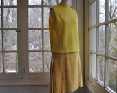 Yellow Plaid Wool Pleated Skirt/Vintage 1960s 1970s/Sueded Side Panels/Retro Spring Fashion/Size Small