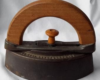 Antique Colebrookdale Sad Iron Company Boyertown Pennsylvania size # 1 cast iron with wood handle works
