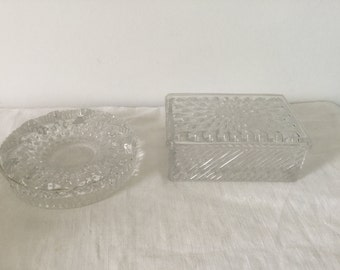 BACCARAT France Set of Crystal cigarettes Box and hashtray, signature