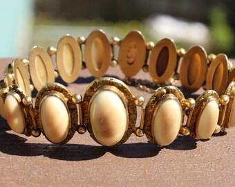 Beautiful Vintage 10k Native Gold Stone Panel Bracelet