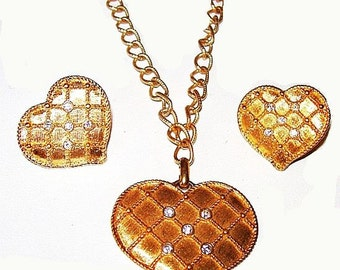 Gold Heart Pendant Earring Demi Set Clear Ice Rhinestones Quilted Design Vintage