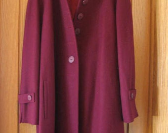 Vintage wool coat.  Ladies clothing.  Winter wear.