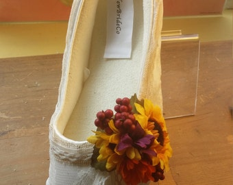 Fall Wedding Flats Rustic Vegan Shoes, Burlap, flowers, lace, outdoor, garden party, woodland, whimsical bridal cushioned slippers