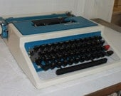 HOLDING FOR Audrey Mod Underwood Typewriter Model 315 With Case Ettore Sottsass Design Made in Spain