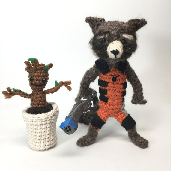 Baby Groot Knitting Pattern : Rocket Raccoon and Free Baby Groot Crochet doll Amigurumi Pattern from crafty...