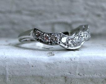 Curved Pave Vintage Platinum Diamond Wedding Band.