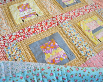 Small Quilt - Play mat - Quilted Wall Hanging - Gender Neutral Quilt