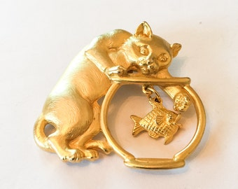 Cat with a Mouse, Whimsical Pin, Jonette Jewelry Designer, 1970s Vintage Jewelry VALENTINE SALE