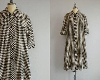 Vintage Chloe Dress / 1970s Mod Wool Plaid Houndstooth Check Swing Shirt Dress / 70s Designer Dress Made in France